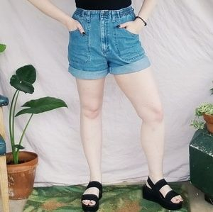 90s Vintage Lee High Rise 'Mom' Shorts